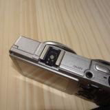 GR2用のカメラのフラッッシュつけるところのカバーを無くしたので新しく買った